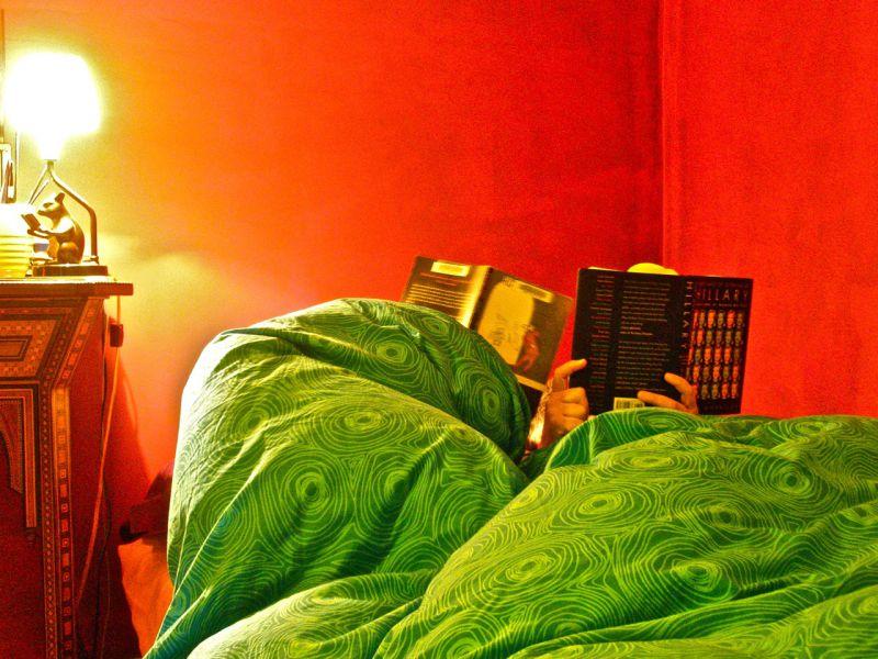 Uyumadan Önce Okumanın Şaşırtıcı Faydaları